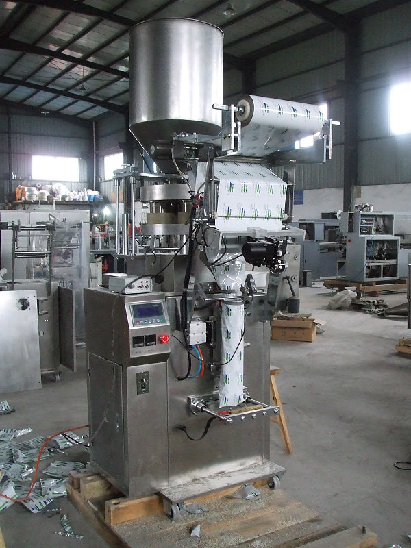 Small Pouch Bag Filling Machine Automatic Bagging System 1.8kw